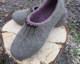 Felted slippers Woolen slippers Home shoes Wool clogs Boiled wool slippers ECO friendly Warm gift Handmade slippers WoolDreamer woolen mules