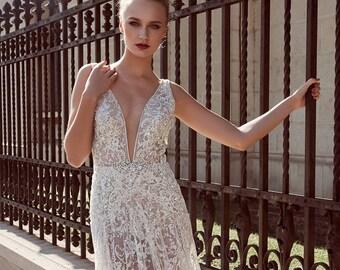 Made to Order Wedding Dress, Beach Weeding Dress, Sleeveless V-Neck Bridal Dress, Fit&Flare Bridal Gown, Lace Wedding Dresses, Custom Made