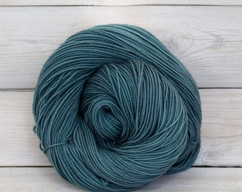 Celeste - Hand Dyed Superwash Merino Fingering Sock Yarn - Colorway: Marquesas