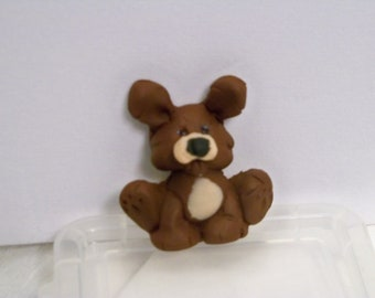 Brown and tan dog pin made of polymer clay