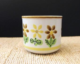 Japanese stoneware planters with flower design, 1970s stoneware.