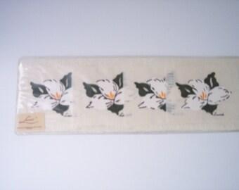 Set of Vintage Linen cocktail napkins / coasters