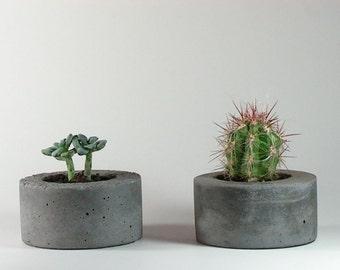 Mini Round Concrete Planter