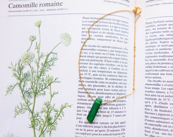 A piece of Nature - stainless steel gold and green Agate chain necklace