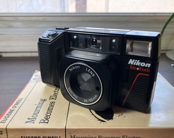 Vintage Nikon L35TWAF Tele Touch 35mm Dual Lens Point and Shoot Film Camera