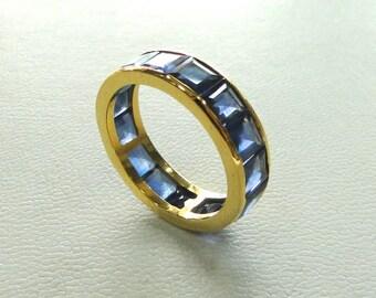 Fabulous 14K yellow Gold Blue sapphire Gemstone Ring