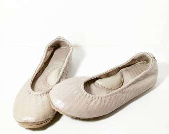 Nude diamond pattern embossed leather ballerina flat shoes custom made