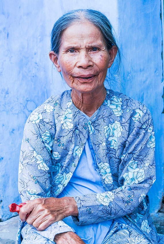 Blue Lady of Hoi An, Vietnam pictures, old lady print, character portrait, limited edition print, photographic print