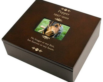 Engraved Pet Memorial Keepsake Box