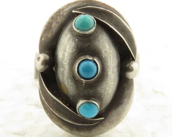 Vintage Sterling Silver Natural Blue Turquoise Adjustable Armour Ring.