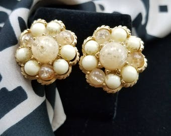 Beautiful Confetti Bead Clip Earrings - Coro?