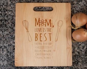 mom cutting board, cutting board for mom, personalized cutting board, gift for mom, mom's kitchen, mother day gift, mom gift, aspiring chef