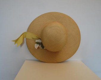 Vintage Straw Hat - Sun Hat - With Fabric Flowers - 1950s - by Lora