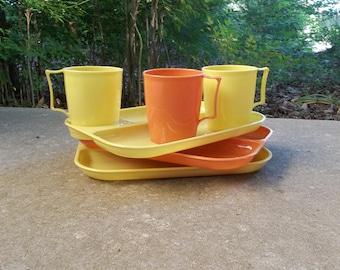 3 Vintage Cafeteria Trays Melamine Trays Melmac RV Dinnerware Mid Century Modern Grill Plates Cup 1950 Kitchen Farmhouse