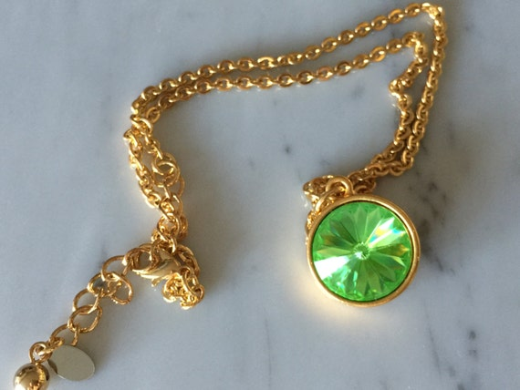Peridot Crystal Necklace, Swarovski Peridot Necklace, Swarovski Peridot Pendant, Green Crystal Pendant