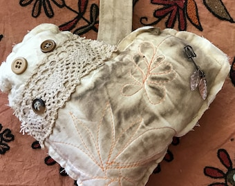 Vintage Style Quilted Heart