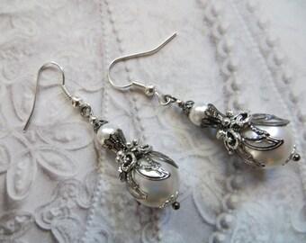 Antique Earrings White Pearl Earrings Vintage Silver Earrings Antique Jewelry Edwardian Wedding Gift for mom Jewellery jewelry MaChericomau