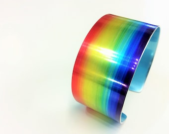Rainbow 30 mm Anodised Aluminium Cuff