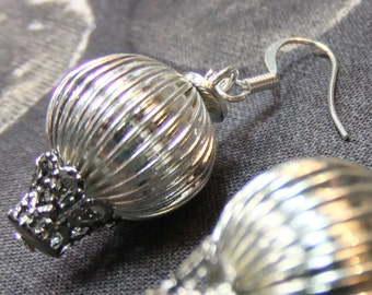Silvery Steampunk Hot Air Balloon Dangle Earrings Very Lightweight