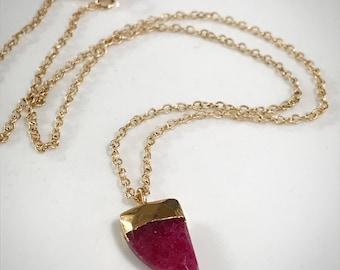 Pink Chalcedony, Chalcedony Necklace, Valentine's Day Jewelry, Dark Pink Chalcedony, Pink Necklace, Gold Necklace, Ruby Chalcedony