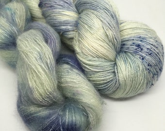 Birds of a Feather / BFL, kid mohair and silk / 4 ply  / 200g
