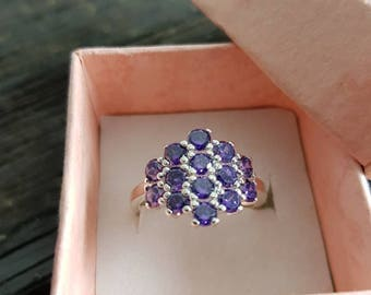Stunning vintage 925 silver multi stone ring in fantastic condition in gift box size Q