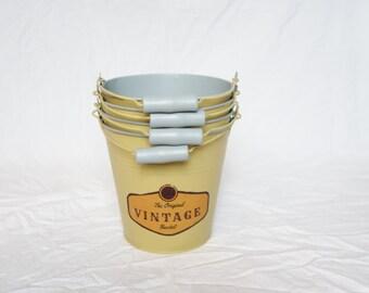 Vintage bucket (Old yellow)