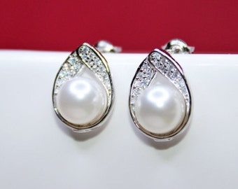 SET OF 8 - Jewel Pearl Stud Wedding Earrings, Rhinestone Wedding Earrings, Simple and Classic, Bridesmaids Earrings