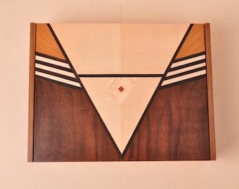 The Jangoro jewel box