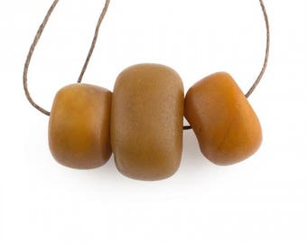 Old Baltic amber trade beads from the North African Trade. b4-amb083cs(e)