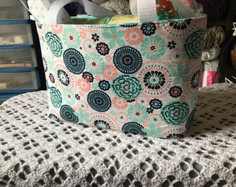 Crochet tote bag for your WIP with hooks and yarn