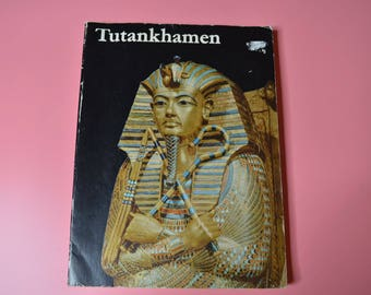 Book-Tutankhamen- Life and Death of a Pharaoh by Christiane Desroches-Noblecourt