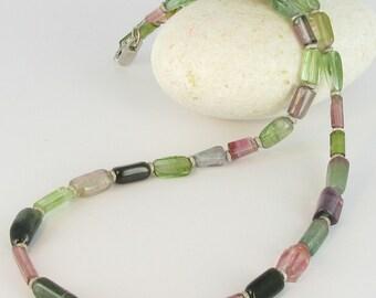 Tourmaline Crystal necklace with 925/-Silver, Bottazzi stony Lienz, kt105