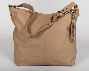Hand Bag/ shoulder bag/Classic full grain leather/ Xtra-Large size / color puffy cream