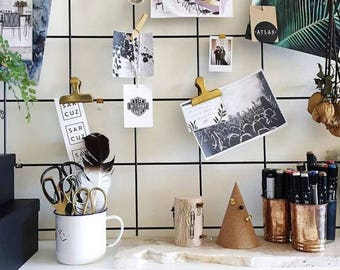 Black Wire Wall Grid + SHELF, FREE clips, hooks, Wire Mesh Memo Board, Notice Metal Grid, Moodboard 49cm.x84cm.