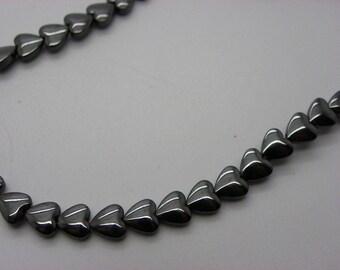 10 Pearl shiny 6 mm black hematite hearts