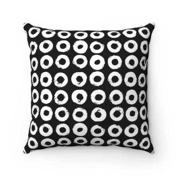 Black and White Throw Pillow . Black & White Pillow . Modern Cushion . Black Lumbar Pillow . White Circle Print Pillow . 14 16 18 20 26 inch