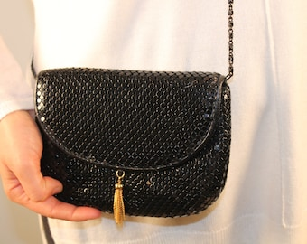 Vintage purse black crossbody metal mesh purse 1980s 80s disco style chain strap gold