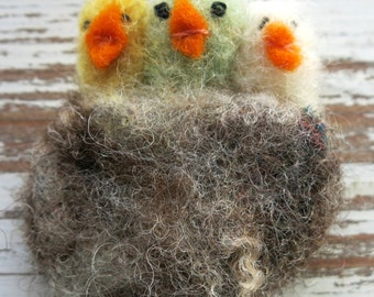 Needle felted brooch -bird nest -bird pin -fibre pin-needle felted pin-animal brooch-clothing accessory-uk seller-Easter gifts-Easter chicks