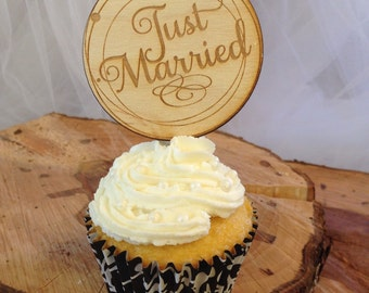 Cupcake topper-Just Married-Set of 24