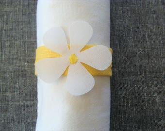4 Yellow and White Spring Flower Napkin Rings