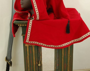 Red wool hood with medieval style trim and tassel detail, LARP/Medieval hood and mantle