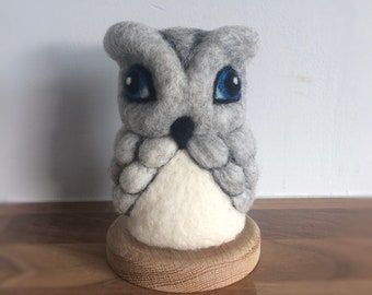 Needle Felted Owl OOAK light grey fiber art