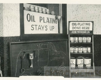 vintage photo 1940 Connoco Gas Station Chalk Drawing Oil Cans unusual