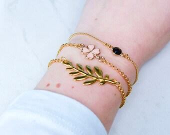 Dainty Gold Bracelet with charm