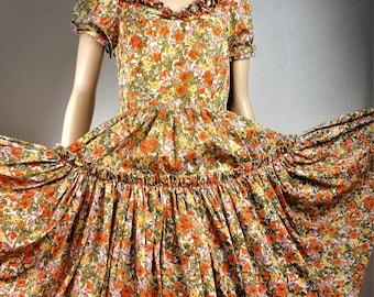 RARE 40s  50s Patio Dress Rayon Metal Zipper Semi Sheer / Vng 40s Early 50s Square Dance Dress / 40s Pin Up Rockabilly Patio Dress