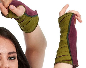ARM WARMERS, ASSORTEd colours, wrist warmers, fingerless gloves, HIPPy GLOVEs, muffs, Fjwwac
