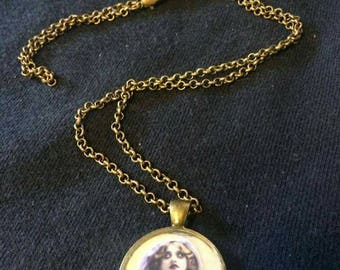 Vintage inspired creepy cabochon pedant chain necklace.