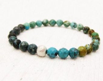 Natürlicher Türkis Perlen Armband / Rohkost unbehandelt / mehrfarbige w / Brushed Sterling Silber / Böhmisches Stammes-Ureinwohner inspiriert