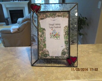 Heart and glue chip glass  6 x 8 inch picture frame
